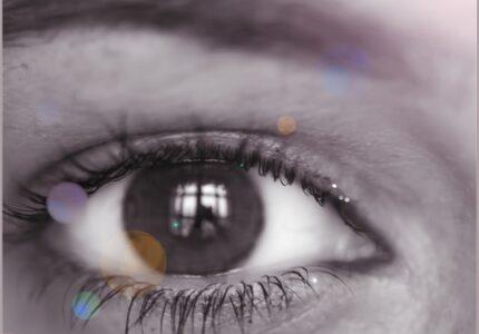 look-blue-brown-eye-eyelash-Colorfulness-1636979-pxhere.com