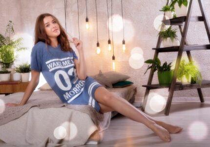 pretty-girl-beautiful-woman-leg-beauty-1629739-pxhere.com
