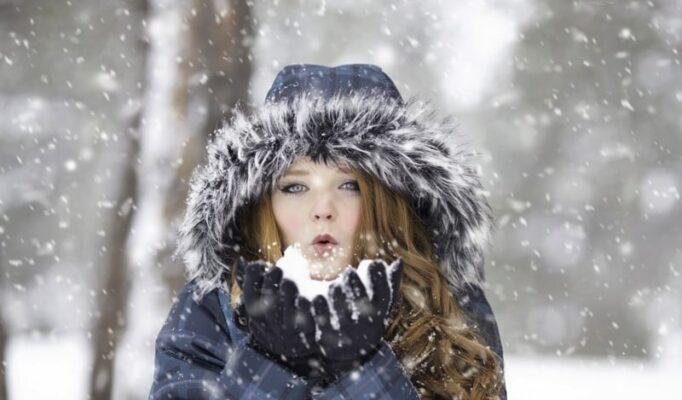 winter_redhead_female_portrait_cold_girl_outdoor_hair-665561.jpg!d